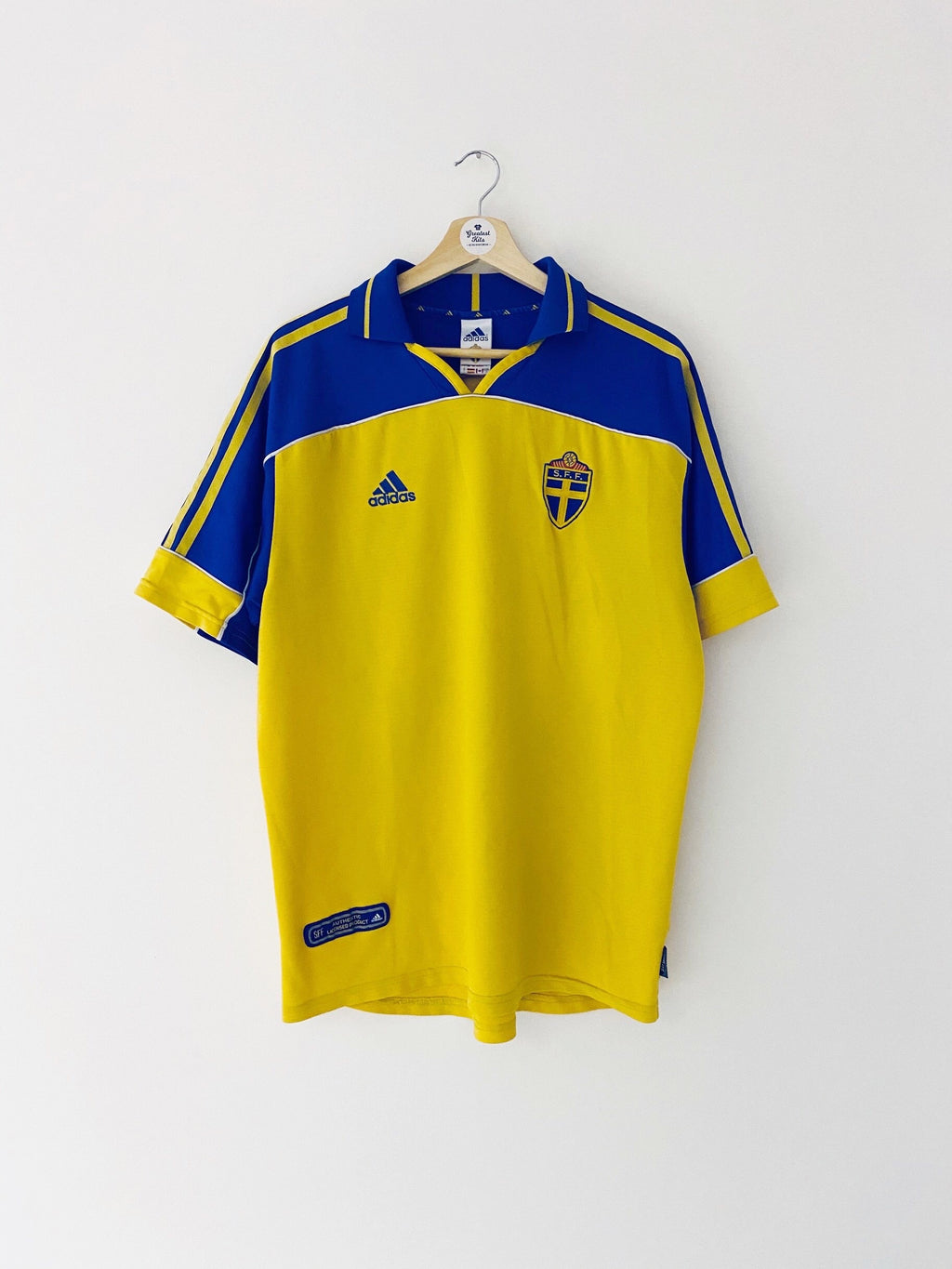 2000/02 Sweden Home Shirt (L) 9/10