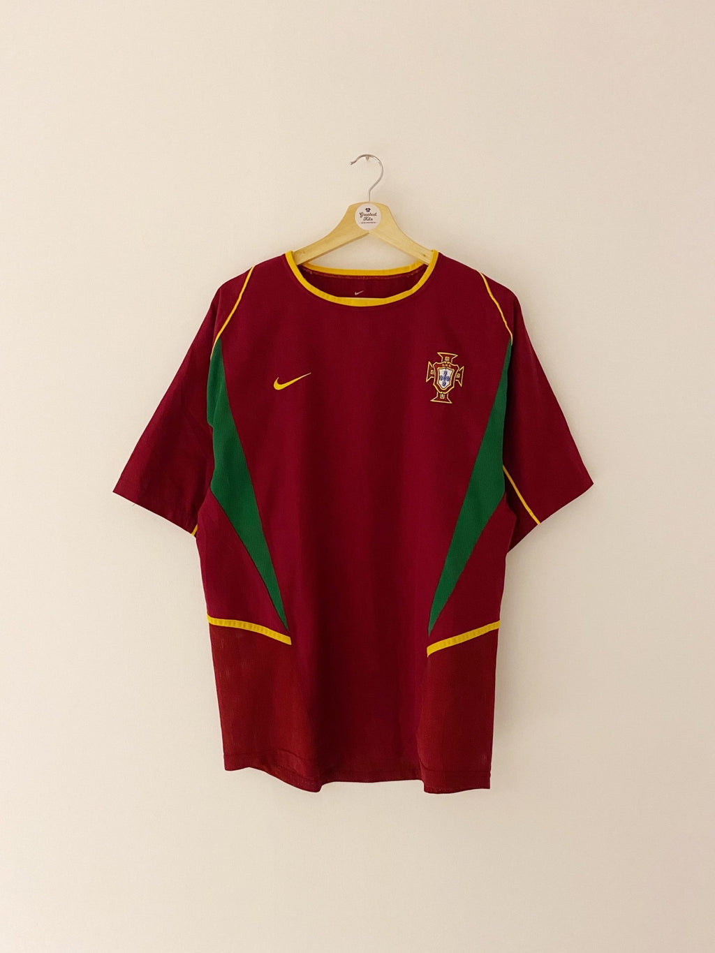 2002/04 Portugal Home Shirt (M) 9/10