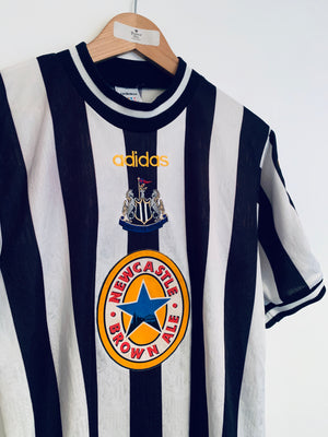 1997/99 Newcastle Home Shirt (S) 8/10