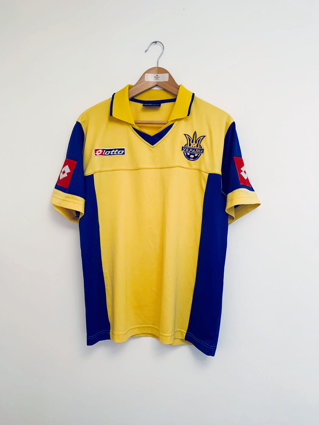 2004/05 Ukraine Home Shirt (M) 9/10