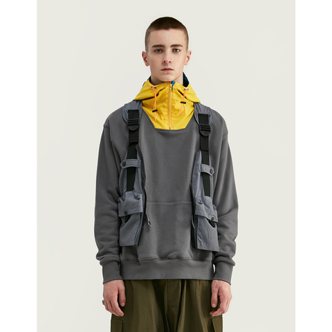 HOODED POUCH LATCH HOODIE - YELLOW/GREY