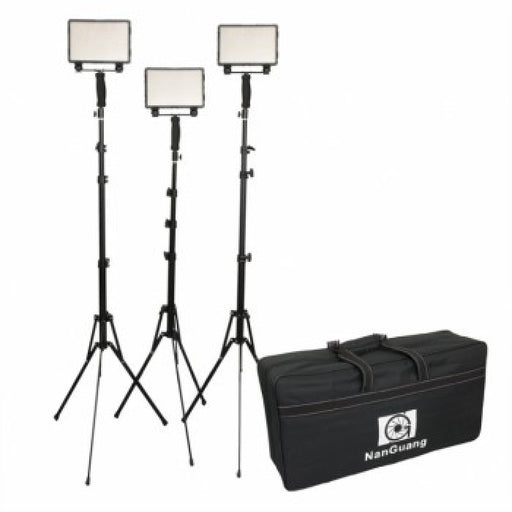 Nanguang LED CN-5400 Pro Kit w Batteries