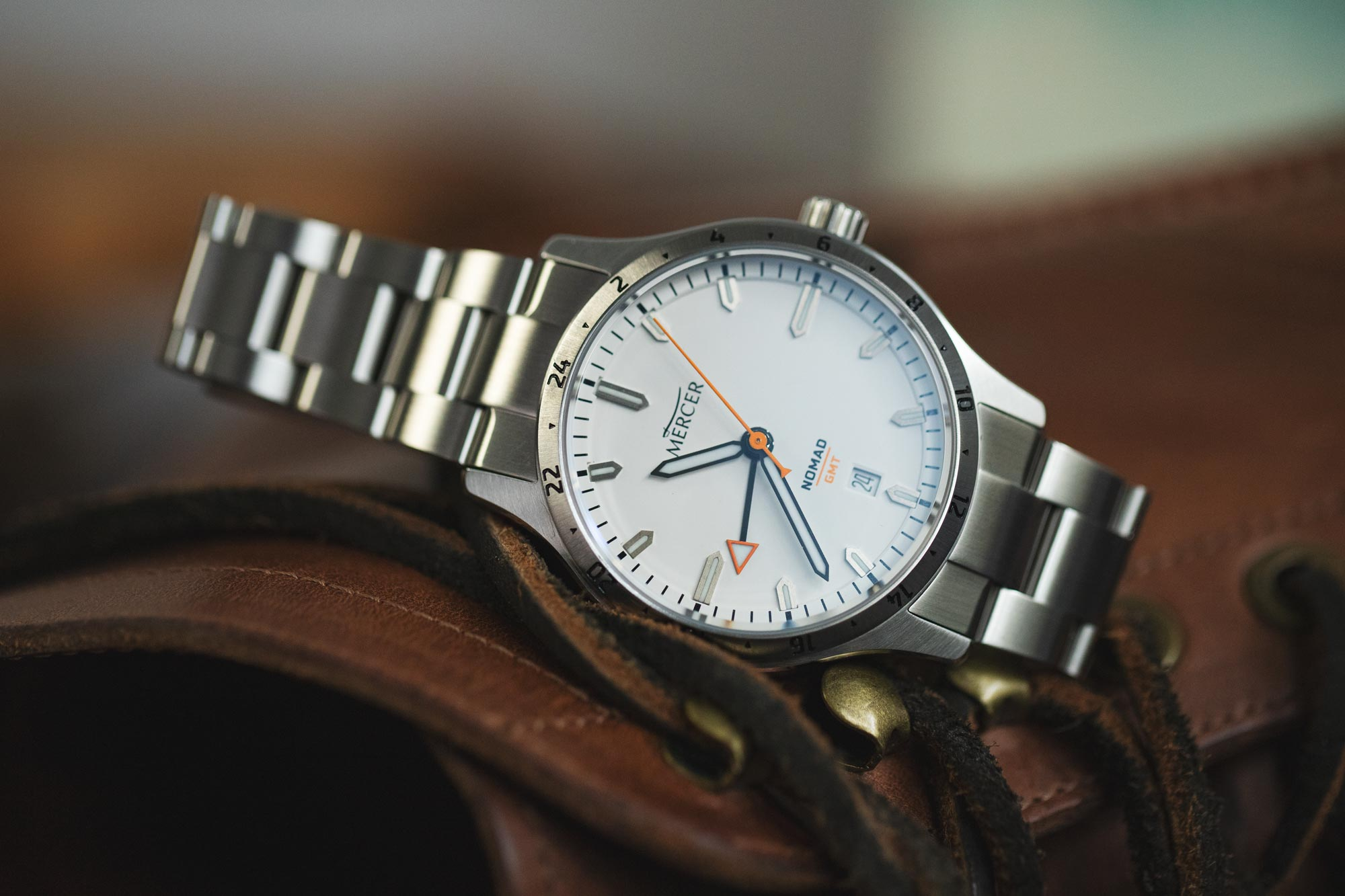 Mercer's new Nomad GMT MERCER_NOMAD_WHITE_6