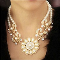 luxury Simulated pearl chain rhinestone crystal flower choker necklace bead work jewelry for women 39 cm