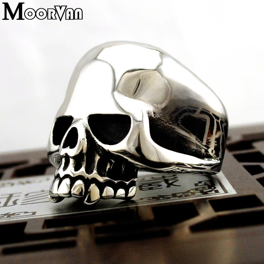 Cool Stainless Steel Rings For Men Trendy Smooth Polishing Big Tripple Skull Ring Punk Biker Jewelry VR312