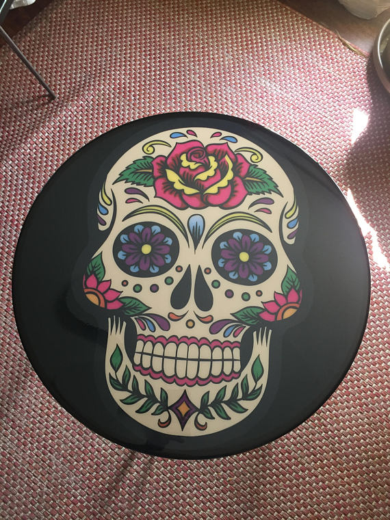 Day of the dead Sugar Skull table!! Perfect for music room, living room, man cave and more! Halloween!Day of the dead Sugar Skull table!! Perfect for music room, living room, man cave and more! Halloween!