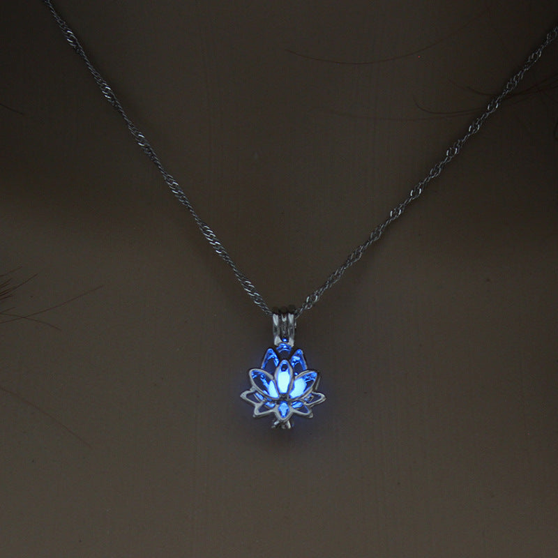 Luminous Glow In The Dark lotus Flower Shaped Pendant Necklace For Women Jewelry