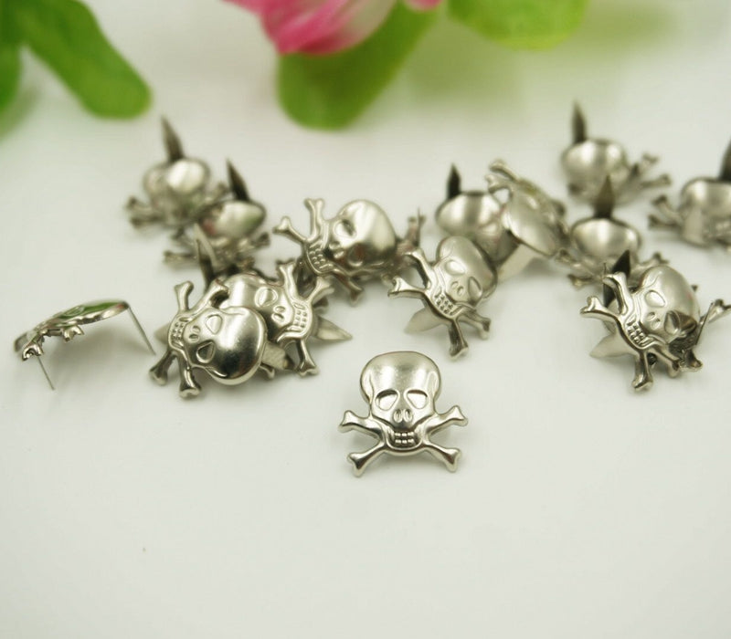 100 pcs silver skull punk rivets claws stud for bag, hat, shoe,clothes,leather phone case decoration diy craft accessories