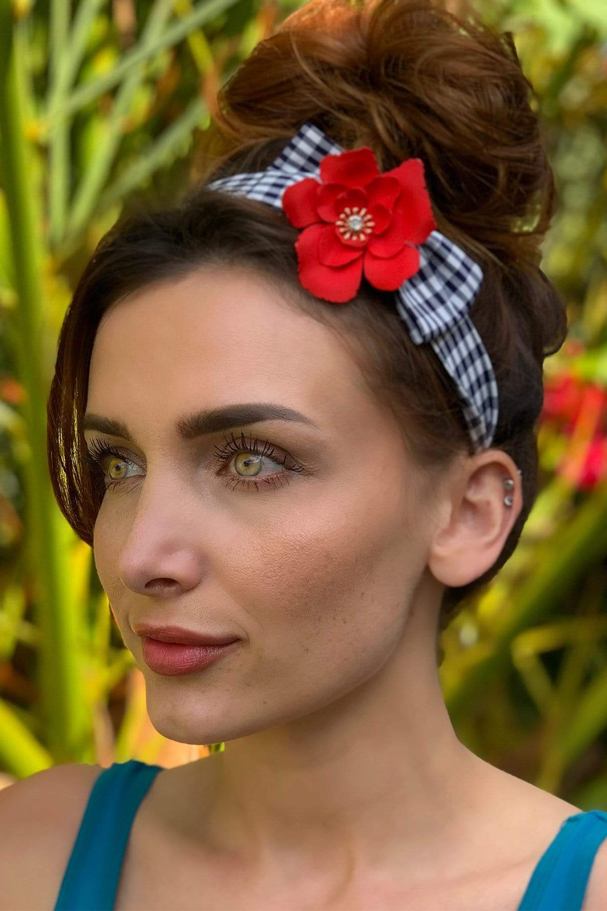 Eva Franco Accessory Black and white Plaid Headband with Detachable Daisy Pin