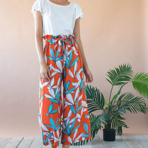 Lukas Cropped Wide Leg Pant With Paperbag Waist- Rio Flora