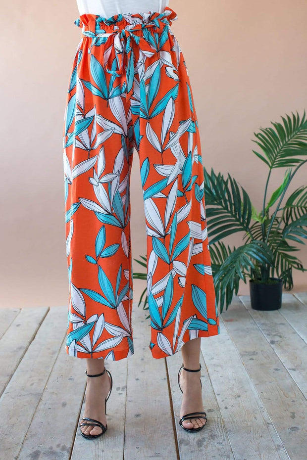Lukas Cropped Wide Leg Pant With Paperbag Waist- Rio Flora 1