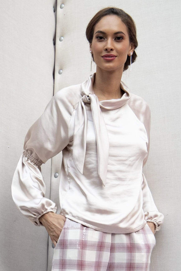 Nora Blouse in Silver