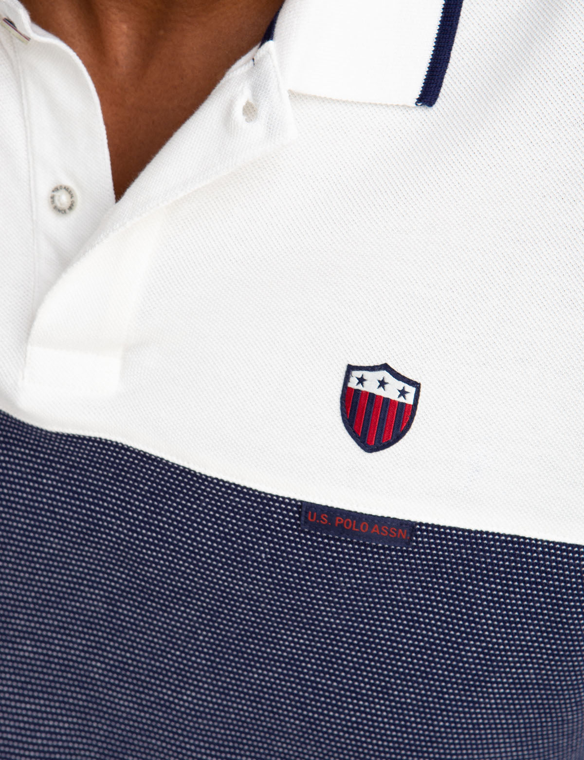 CREST TEXTURE STRIPED POLO SHIRT - U.S. Polo Assn.