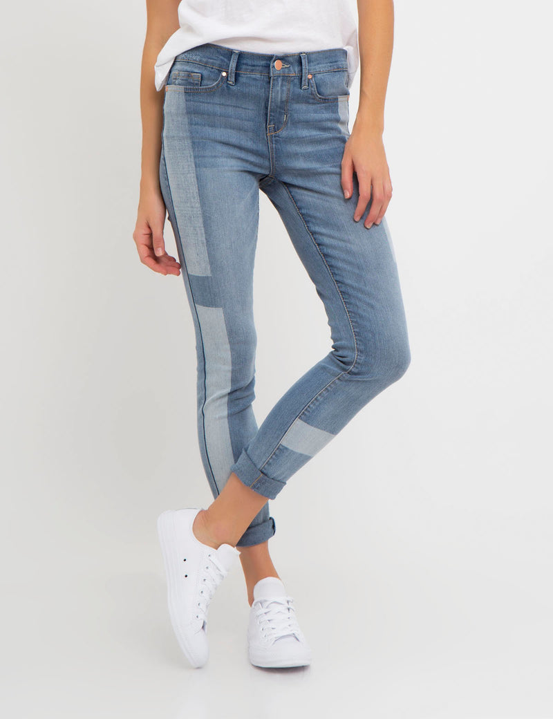 STRETCH SUPER SKINNY FIT BLEACH PATCH JEAN