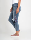 STRETCH RELAXED CROP FIT EMBROIDERED PATCH JEAN