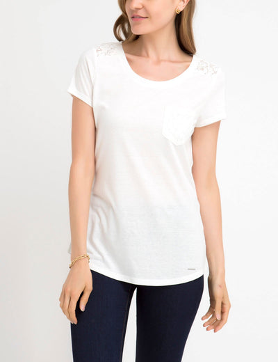 LACE SHOULDER AND POCKET T-SHIRT