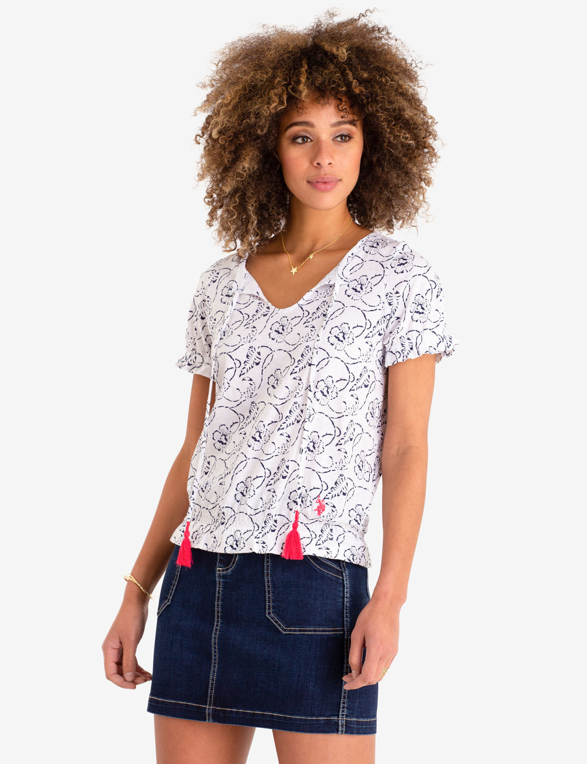 ALL OVER PRINT LACE UP TOP