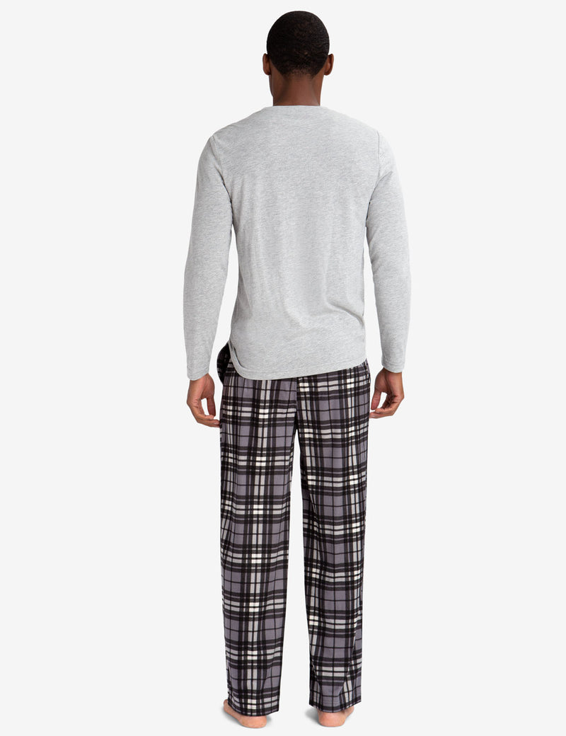 LOUNGE  SET: LONG SLEEVE TEE & LUXE FLEECE PANTS