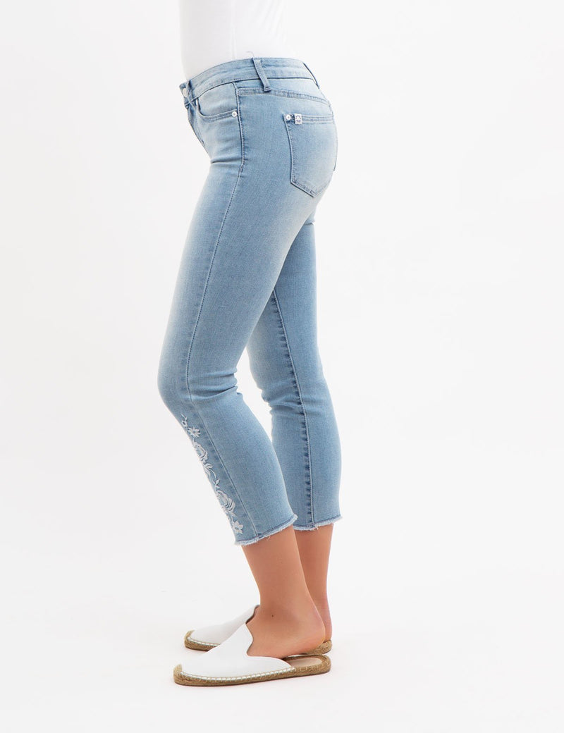 FLORAL EMBROIDERED MID RISE SLIM FIT JEANS