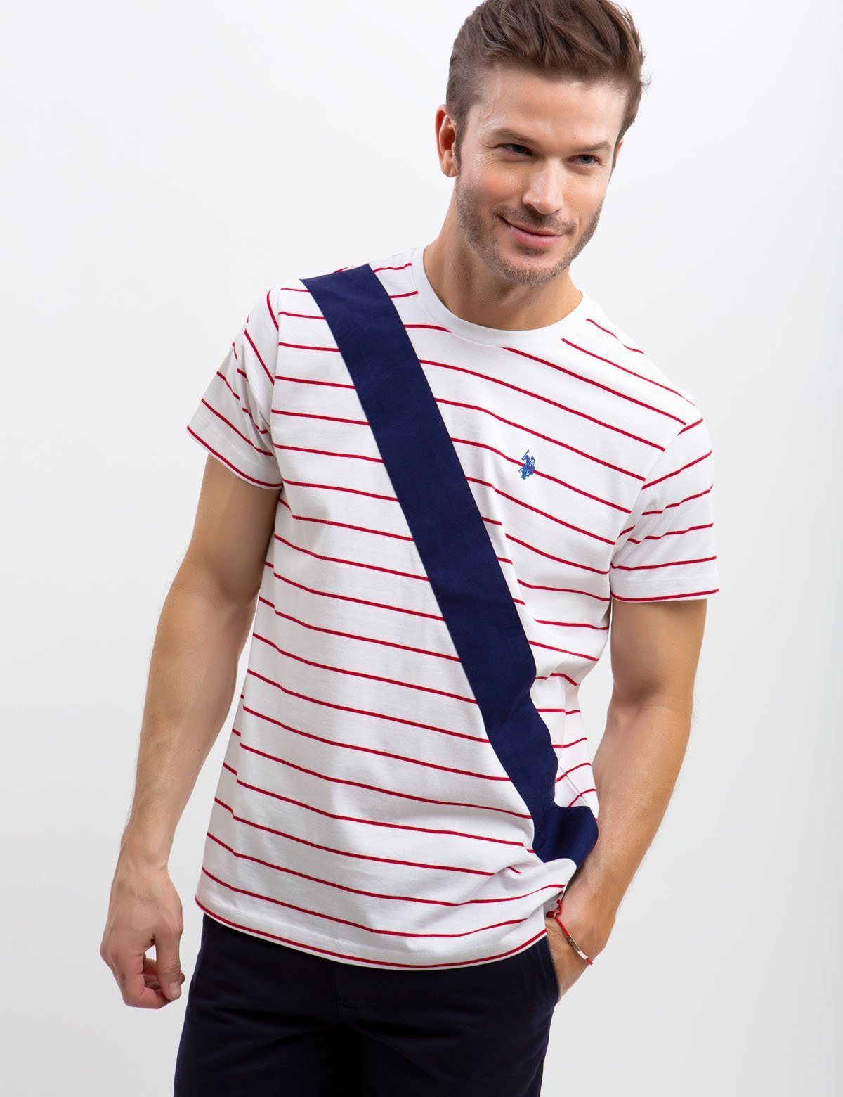 CREW NECK DIAGONAL STRIPED T-SHIRT