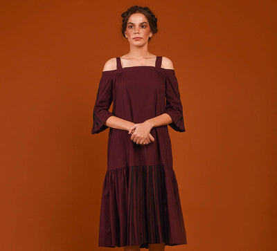 Midi Off Shoulder Dress in Maroon