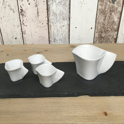 Porcelain Wave Jug in 2 Sizes