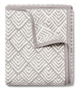 Oyster Cove Diamonds Grey Blanket