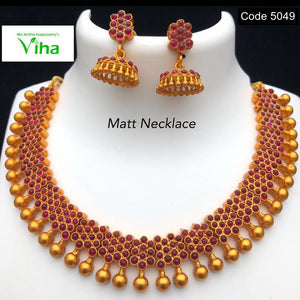 Matt Finish Gold Neck Set With Jhumka