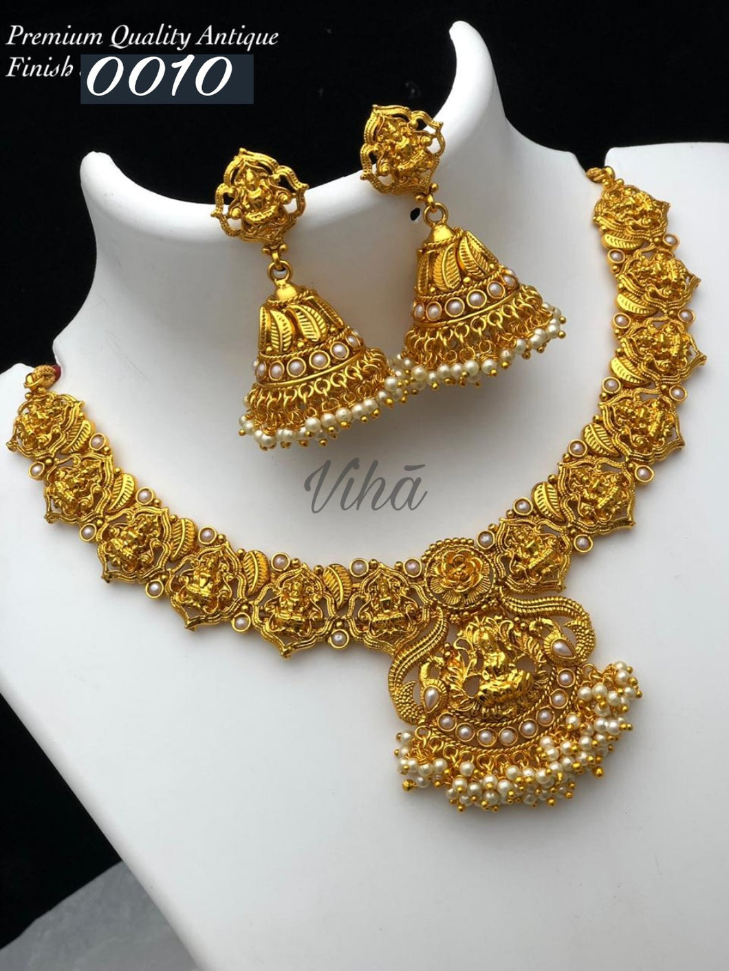 Lakshmi Pearl Necklace