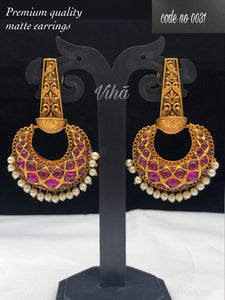 Beautiful Ear Set