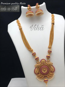 Beautiful Red Colour Neck Set