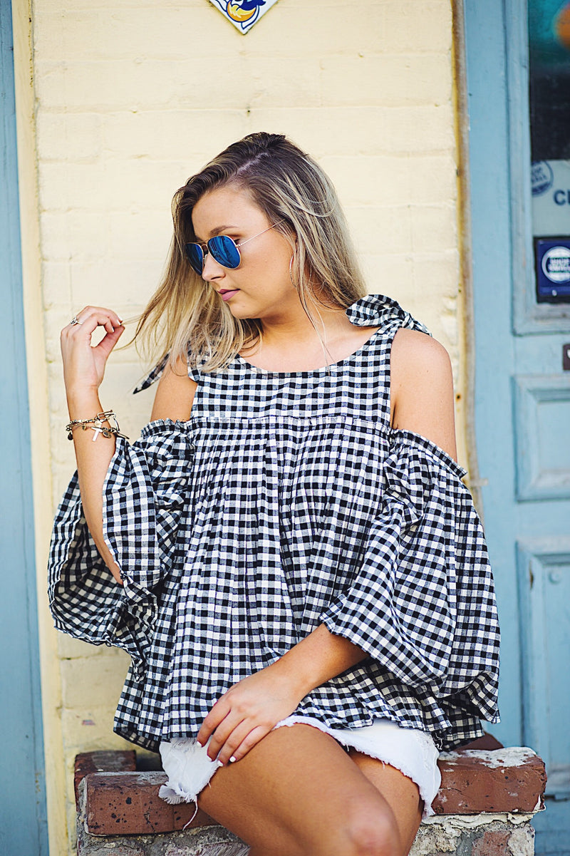 Shoulder Bowtie Pleated Blouse
