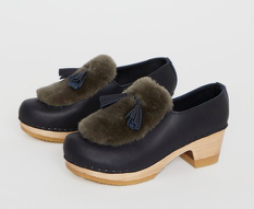 N0°6 Billie Fur Clog on Mid Heel in Indigo/Storm