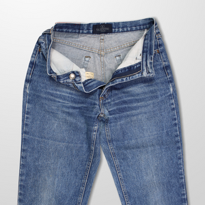 VALENTINO HIGH WAIST 90s MOM JEANS-BASEMENT SIX