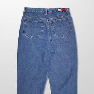 TOMMY HILFIGER HIGH WAIST 90s MOM JEANS-BASEMENT SIX