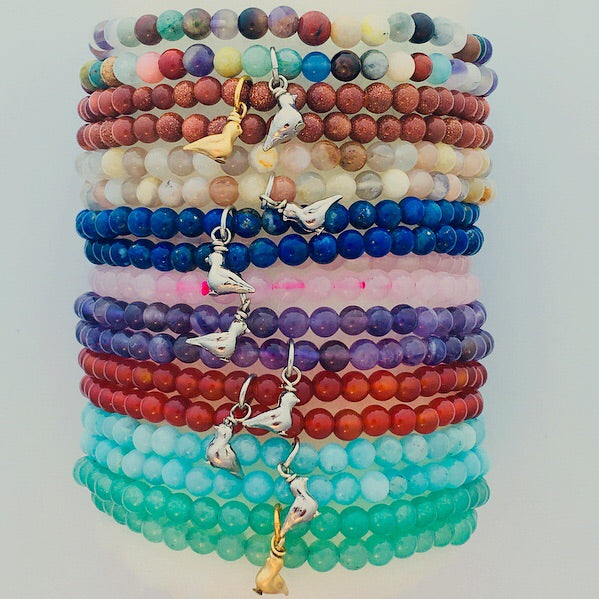 Semi-precious stretch bracelet, no songbird charm