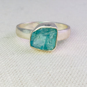 Sterling silver ring with raw apatite