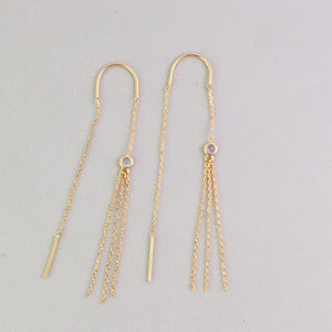 Delicate gold chain ear threads