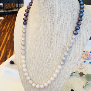 Ombre pearl necklace