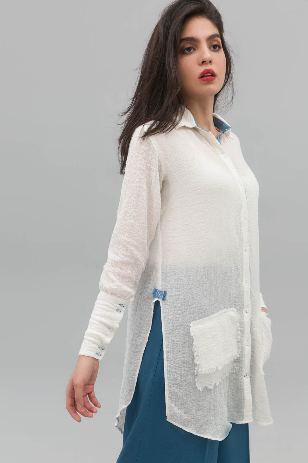 White Button Down Fusion Shirt In Crinkle Cotton - yesonline.pk