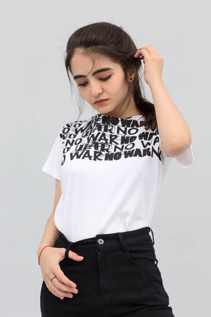 No War B&W Statement T-shirt in Print - yesonline.pk
