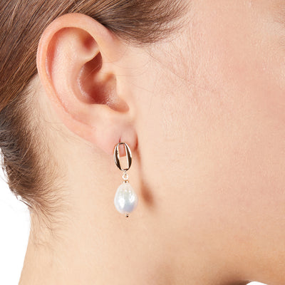 Diana<br/> Baroque Pearl Drop Earring