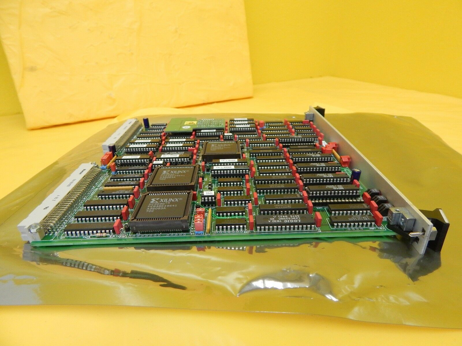 Computer Recognition Systems 8937-0000 Gemini PC 1 8949A5203 Quaestor Q5 Used