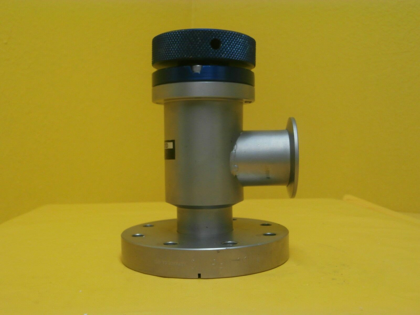 Shrader Scientific DN63CF Manual Isolation Vacuum Valve Used Working