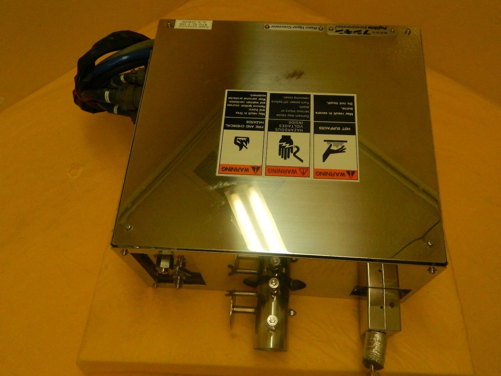 Fujikin Incorporated WVG-S2-Y-I38 Water Vapor Generator Used Working