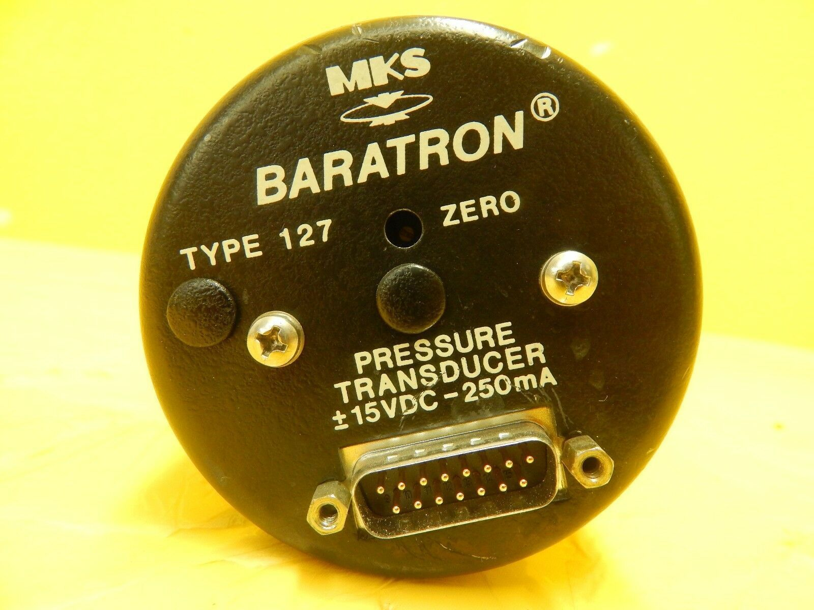 MKS Instruments 127A-11008 Baratron Pressure Transducer Type 127 Used Working