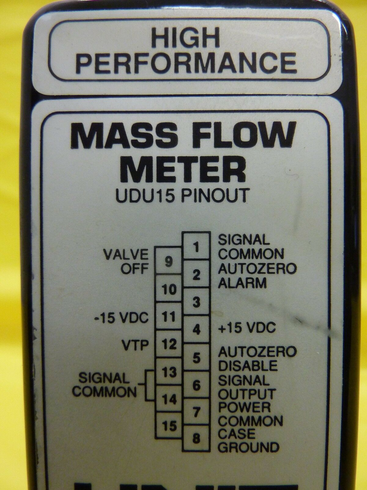 UNIT Instruments 1100-100137 Mass Flow Meter UFM-1100 200 SCCM N2 Used Working