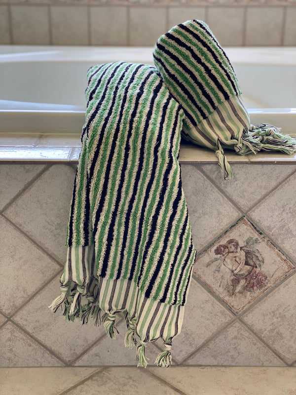 Green <br> Bath Towel