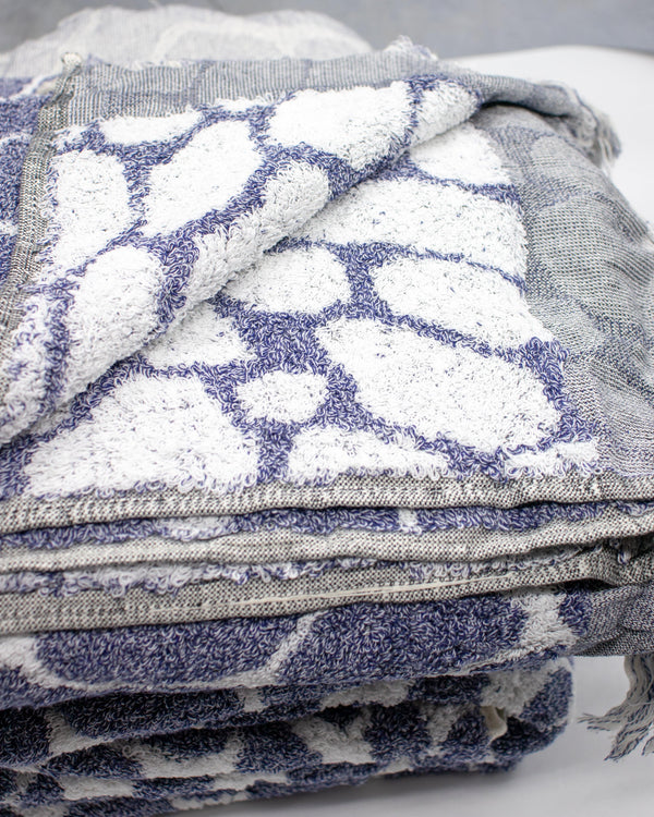 Pebble <br> Bath Towel