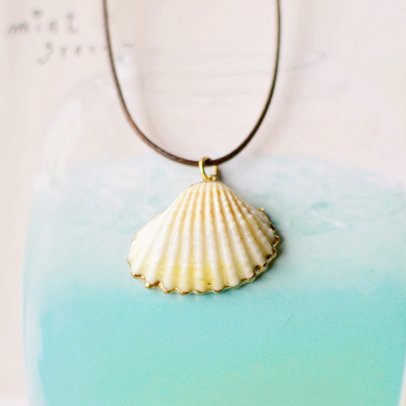 Shell Necklace With Gold Details